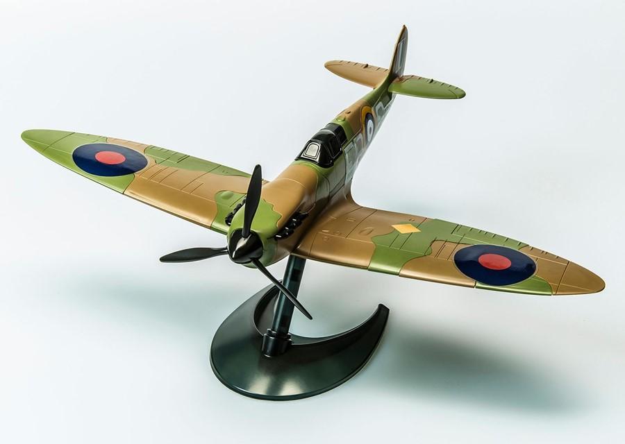Spitfire Modellbausatz Von Airfix Mit Bausteinen Wie